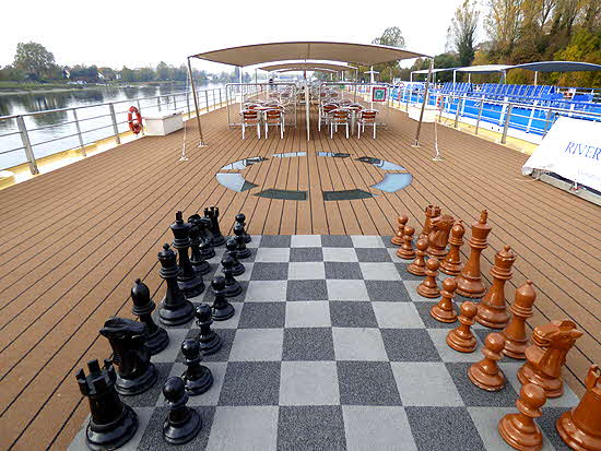 Uniworld River Queen Chess Set