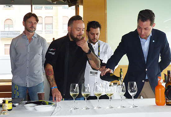 Gastronomika 2019 Malaga wine demonstration