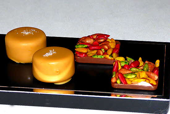 Dolder Grand Peanut-caramel bonbon and fruit stones