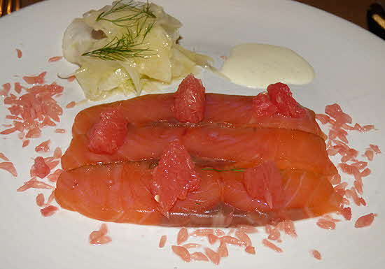 Bord'Eau Gravad Lax with fennel, grapefruit salad and vanilla cream