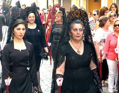 Andalucia Women with Mandillas