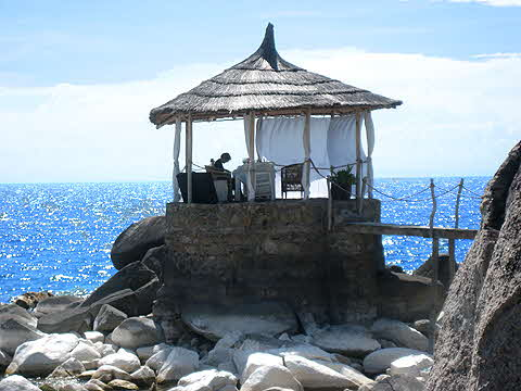 Kaya Mawa Gazebo on the seashore