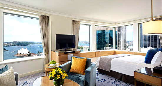 Shangri-la Sydney Room with grand harbour view